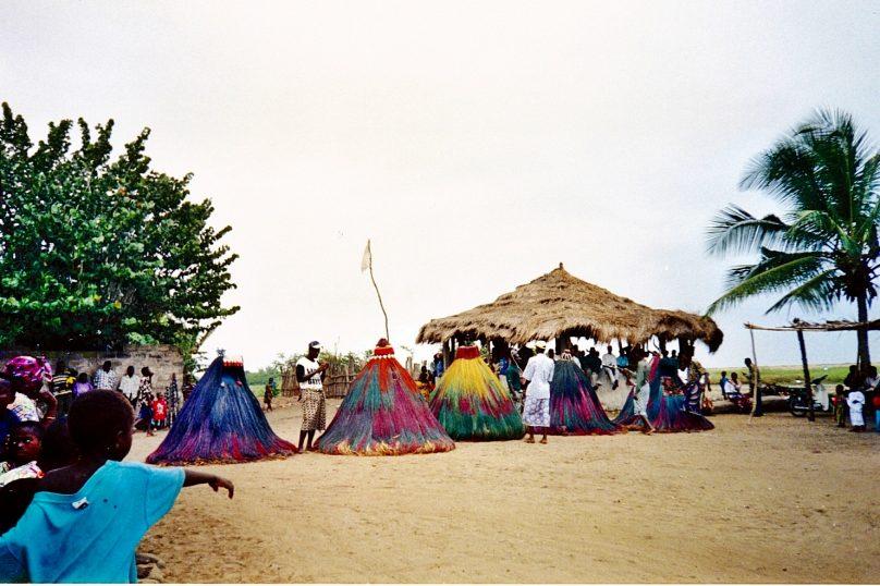 Ceremonia de vudú (Benín)