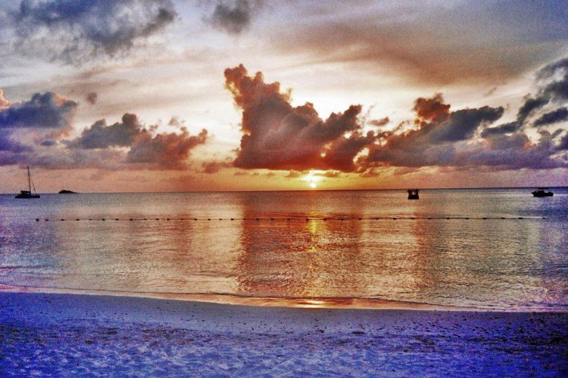 Dickenson Bay (Parroquia de Saint John, Antigua y Barbuda)