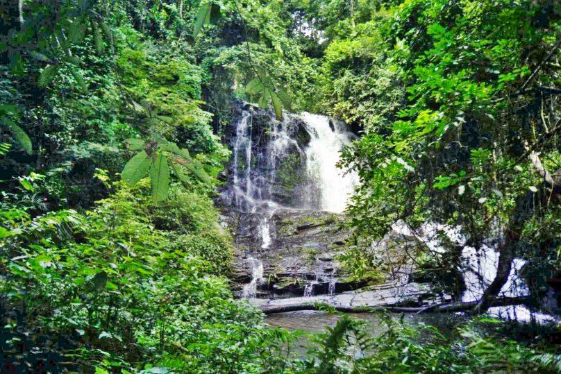 Cascada de Akloa (Región de Plateaux, Togo)