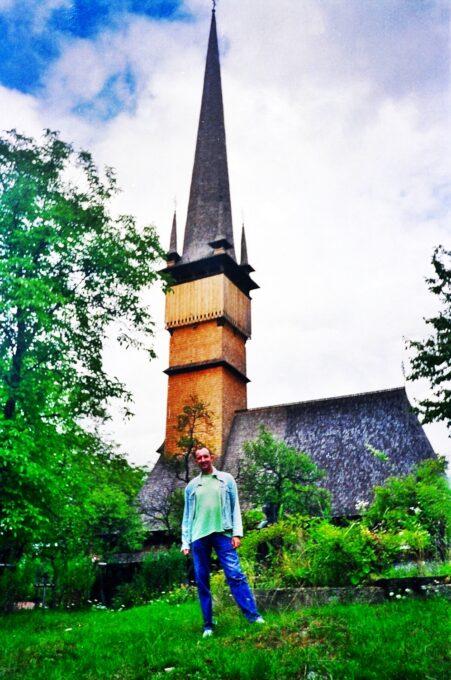 Iglesia de los Santos Arcángeles (Şurdeşti, Rumanía)