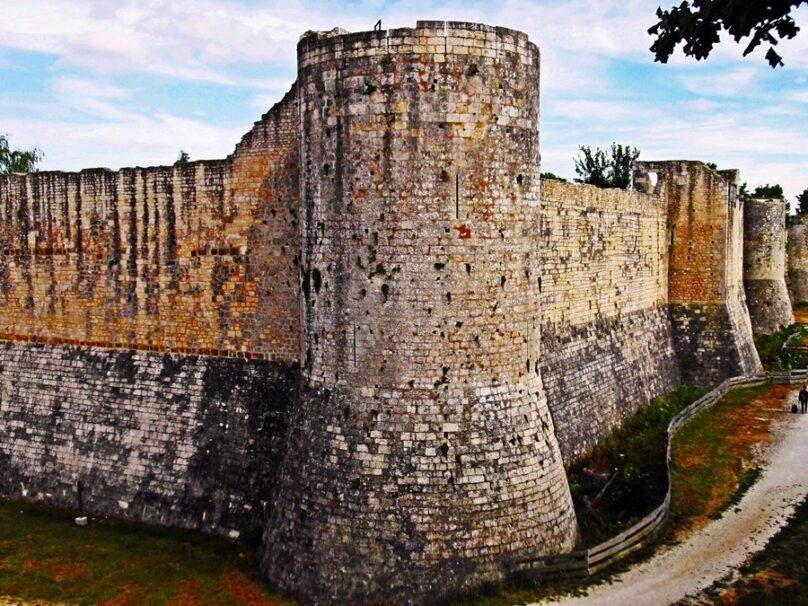 Muralla medieval (Provins, Francia)