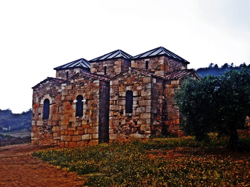 Basílica de Santa Lucía del Trampal (Municipio de Alcuéscar, Extremadura)