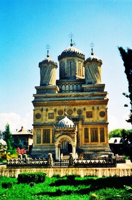 Monasterio de Curtea de Argeș (Curtea de Argeș, Rumanía)