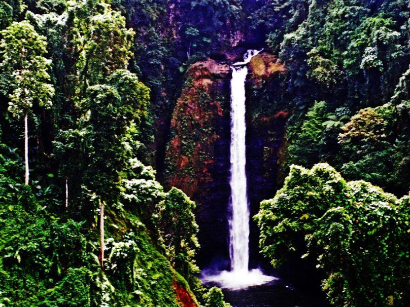 Cascada de Sopo'aga (Distrito de Atua, Samoa)