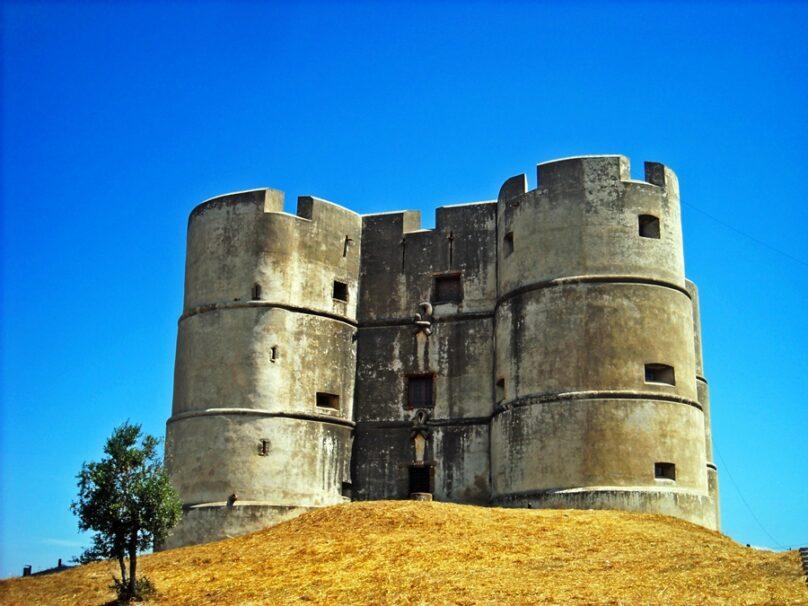 Castillo de Evoramonte (Evoramonte, Portugal)