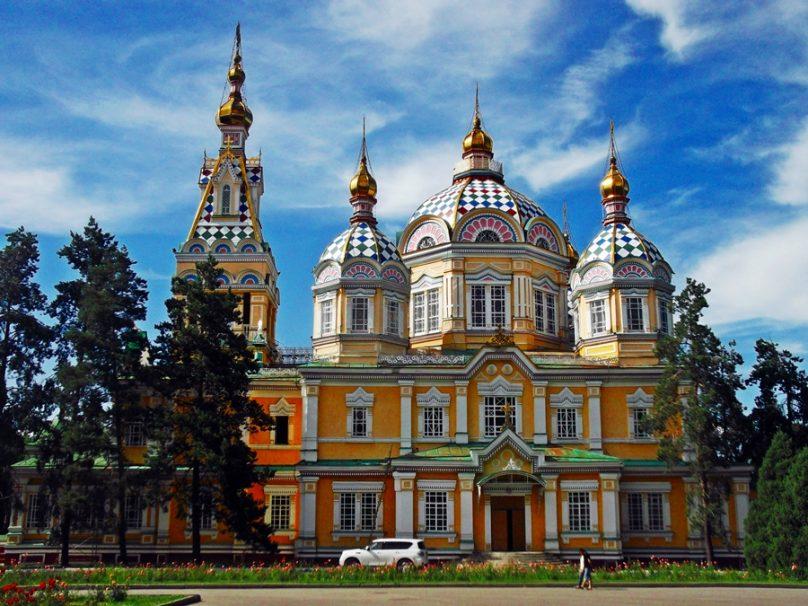 Catedral de la Ascensión (Almaty, Kazajstán)
