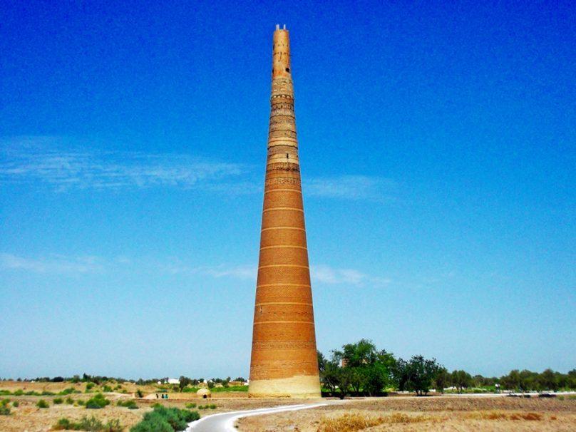 Minarete de Kutlug Timur (Provincia de Daşoguz, Turkmenistán)