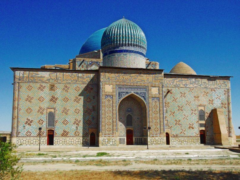 11 mausoleos para dar paso a la eternidad
