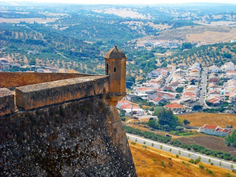 10 fortificaciones relevantes en el Alentejo