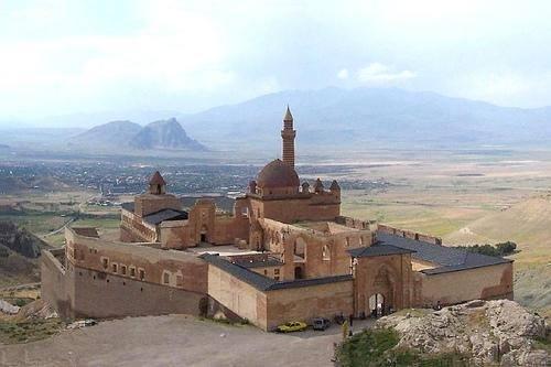 Palacio de Ishak Pasha (por Jorge Sánchez)