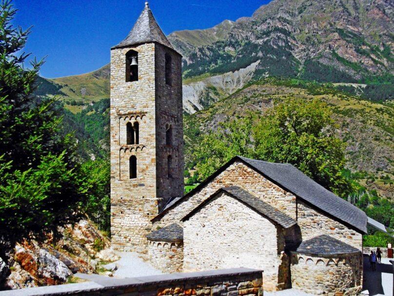 Iglesia de San Juan (Boí, Cataluña)