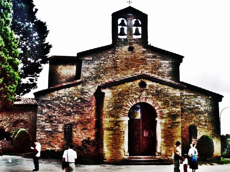 Iglesia de San Julián de los Prados (Oviedo, Principado de Asturias)