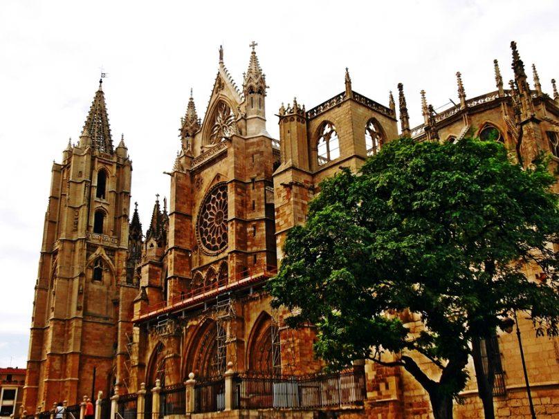 12 catedrales católicas que elevarán tu espíritu