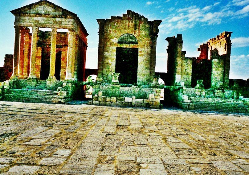 Templos de la Tríada Capitolina en Sufetula (Gobernación de Kasserine, Túnez)