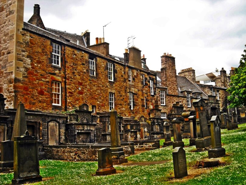 Greyfriars Kirkyard (Edimburgo, Reino Unido)