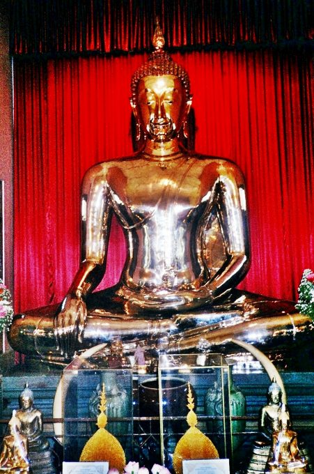 Wat Traimit (Bangkok, Tailandia)