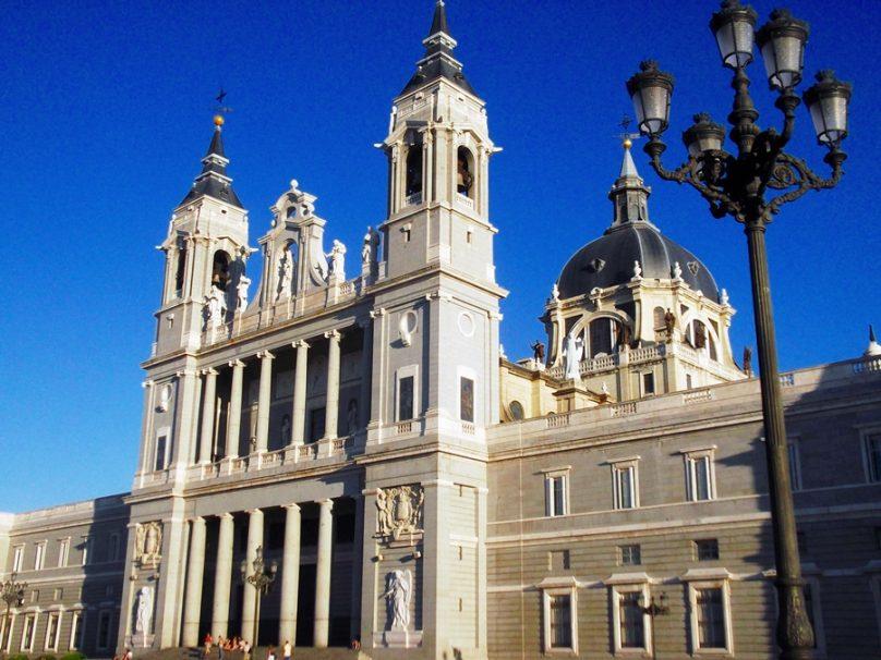 Catedral de la Almudena (Madrid, Comunidad de Madrid)