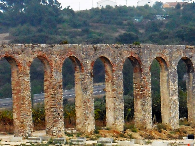 Acueducto de Óbidos (Distrito de Leiria, Portugal)