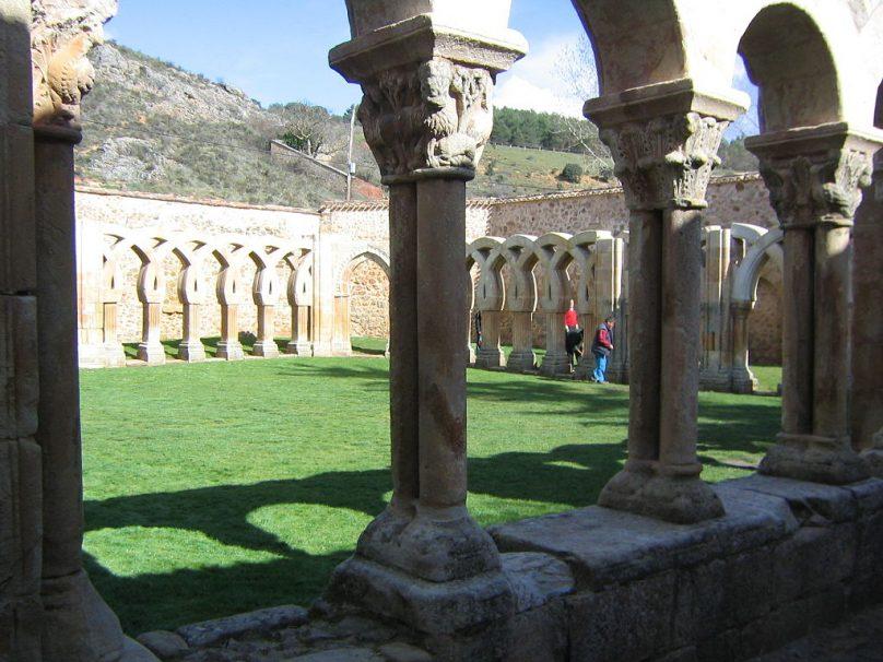 Claustro de San Juan de Duero (Municipio de Soria, Castilla y León)