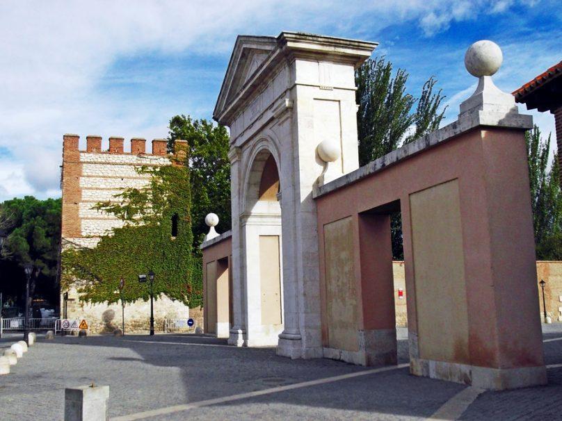 Puerta de Madrid (Alcalá de Henares, Comunidad de Madrid)