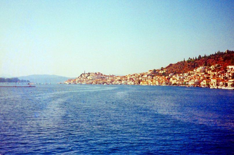 Póros (Periferia de Ática, Grecia)