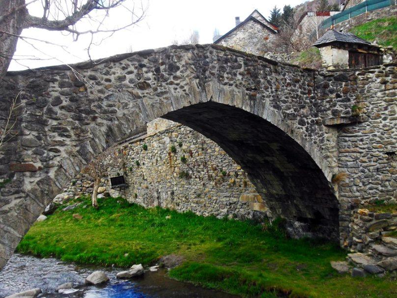 Puente del Paco (Sallent de Gállego, Aragón)