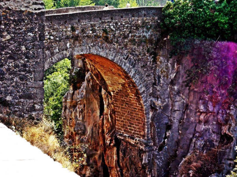 Puente de Madre de Dios (Anguiano, La Rioja)
