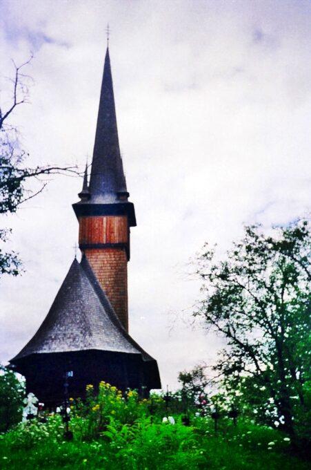 Iglesia de los Arcángeles Miguel y Gabriel (Plopiș, Rumanía)