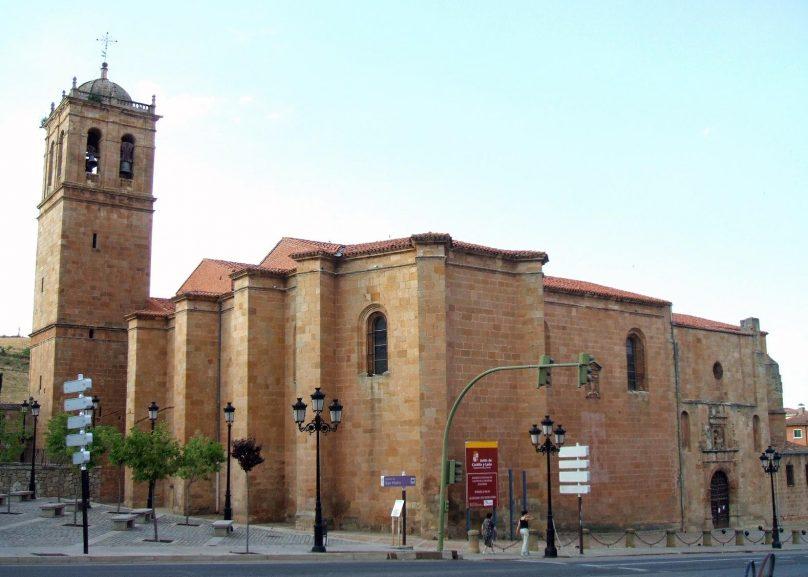Concatedral_de_San_Pedro_Soria